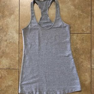 Lulu Lemon Gray Racerback Stretch EUC Small